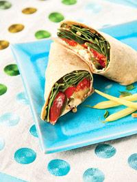 Vegetarische wraps met tomaat en courgette