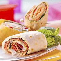 Wraps met roomkaas, paprika en ham