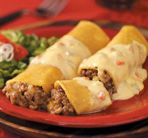 Wraps met gehakt en Spaanse pepers